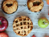Mini Apple Pies with Cheddar Crust #AppleWeek