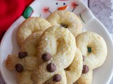 Crunchy Twisted Cookies