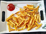 Homemade crispy French Fries - a simple and quick vegan recipe