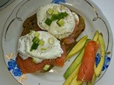 Breakfast Poached Eggs with Avocado and Smoked Salmon