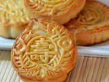 Lotus Paste & Peach Candy Mooncakes