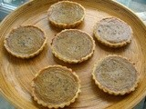 Chilli, Ginger and Persimmon Tarts
