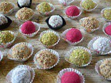 Christmas Bliss Balls – Cranberry, Pistachio, Coconut & Salted Caramel