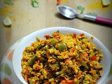 Tofu bhurji / scrambled tofu with spices - indian tofu recipes