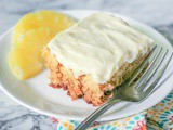 Crushed Pineapple Cake {Cream Cheese Frosting}