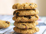 One-Bowl Vegan Oatmeal Raisin Cookies