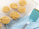 Vegan Peanut Butter Cookies {gluten free and dairy free}