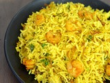 Easy Kolambi Bhat Recipe in Marathi | Prawns Pulao