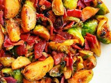 Quick Honey Sriracha Bacon Brussels Sprouts #thanksgiving