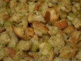 Easy Classic Bread Stuffing...uh...er Dressing