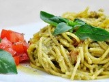 Creamy Avocado Pasta with Basil and Tomatoes | Gluten-Free