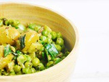 Green Pea and Olives Salad with Pesto