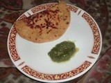 Makke ka paratha stuffed with potato and onion