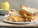 Cheddar Apple Pie Grilled Cheese