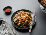 Pad See Ew Recipe (Thai Stir-Fried Rice Noodles)