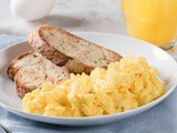 What are Scrambled Eggs? How are they cooked