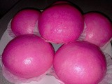Steamed paus-plain pink coloured mantou