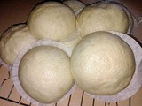 Steamed plain chinese buns [mantou]