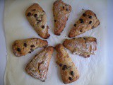 Banana and chocolate chips scones