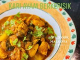 Toasted coconut chicken curry [ kari ayam berkerisik ]