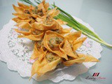 Addictive Deep-Fried Wontons with Chives Recipe ( 韭菜鮮肉炸云吞 )