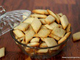 Sweet Diamond Biscuits - Baked Sakarpara