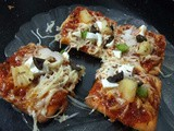 Easy and Crispy Crackers Pizza