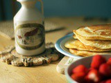 Fluffy Maple Pancakes - The perfect family breakfast