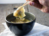 Wonton in spiced chicken broth