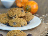 Pumpkin-Oat Chocolate Chip Cookies + Weekly Menu