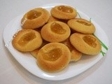 Butter cookies with pineapple jam