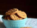 Old Fashioned Peanut Butter Cookies: Crispy Chewy