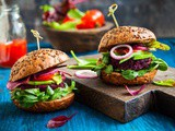 Come fare gli hamburger vegetariani (veggie burger)