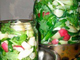 How to Make Lacto-fermented Radishes with Spices
