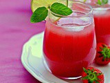 Non-Alcoholic Strawberry Daiquiri Punch – a spicy punch with a twist for the festive Season