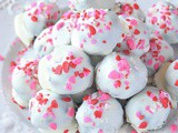 Try This Best No Bake Oreo Truffles With White Chocolate And Peppermint