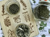 How to dry garden herbs in the oven