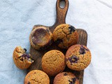 Breakfast muffins with chufa and blue berries
