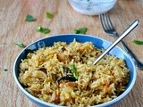 Chicken Biryani / Easy Chicken Biryani (Using Yogurt/Curd)