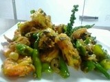 Stir fried prawns with chili and green pepper