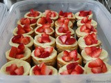 Mini Vanilla Cheesecakes To Feed a Crowd