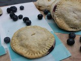 Peachy Blueberry Hand Pies / #BlueberryWeek