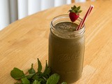 Mint Chocolate Strawberry Smoothie Recipe